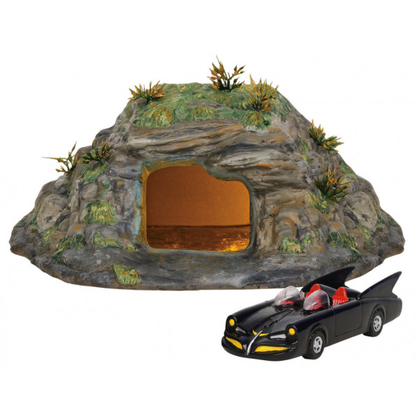 THE BATCAVE - DC COMICS